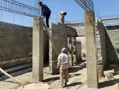 با همت خیرین ثروتمند سقف درمانگاه حاجی آباد احداث میشود