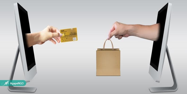 مددجویان با فروش محصولات در بازارچه آگاپه درآمد کسب میکنند