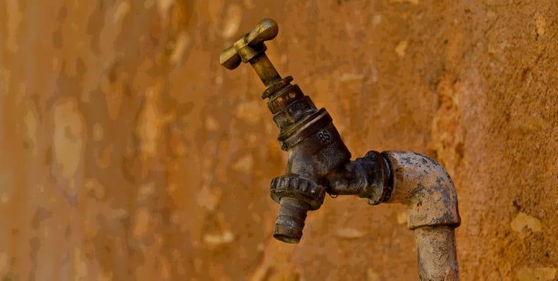 عدم دسترسی به آب از نمونههای فقر انرژی است